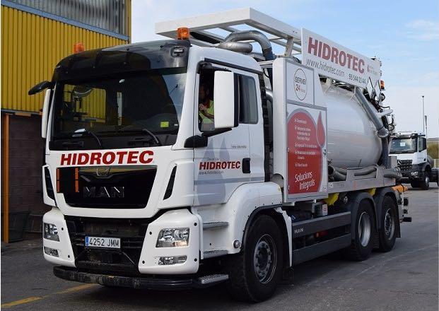Camió de transport de residus ADR